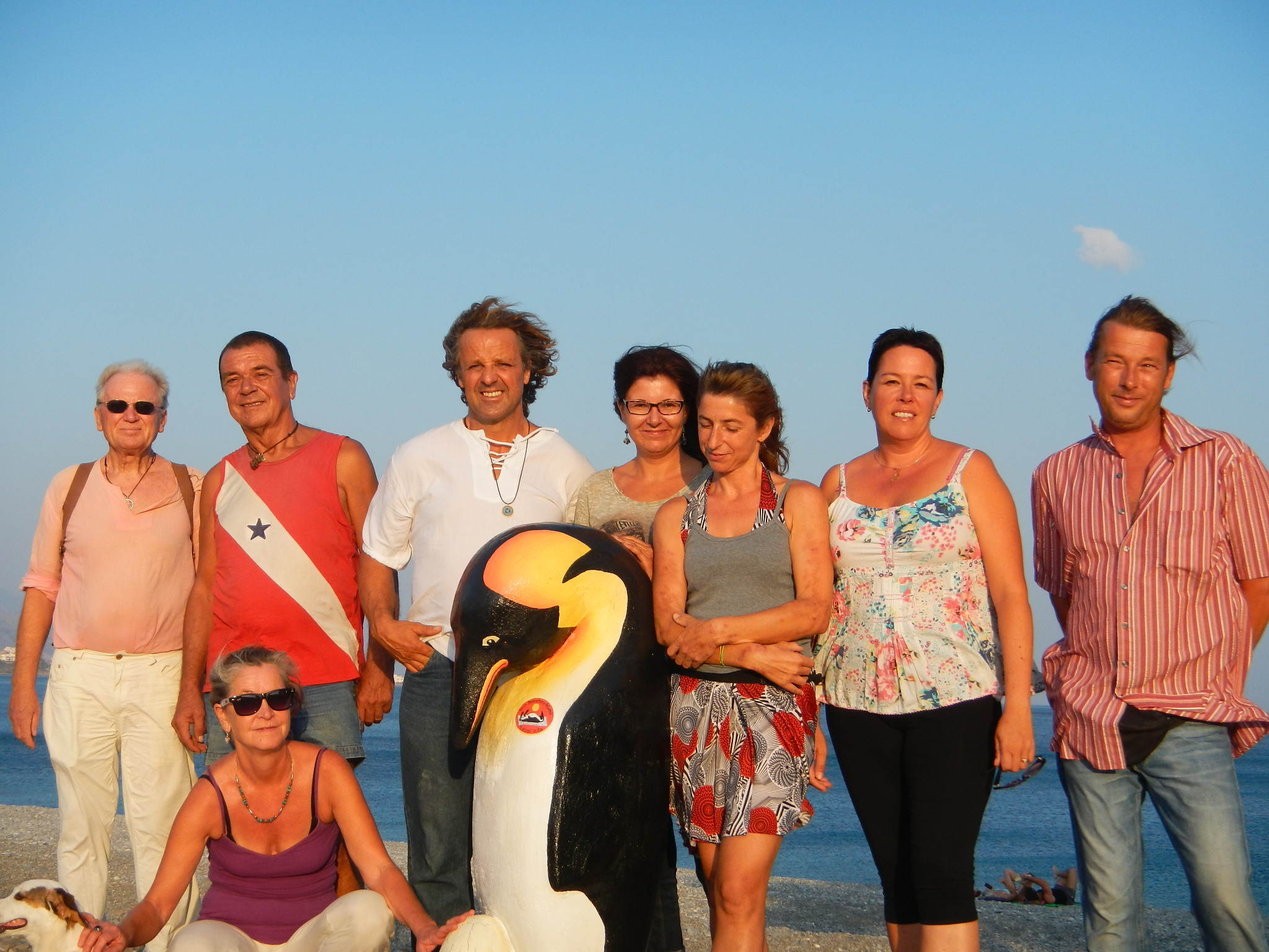 Pale the Pinguin and the artists